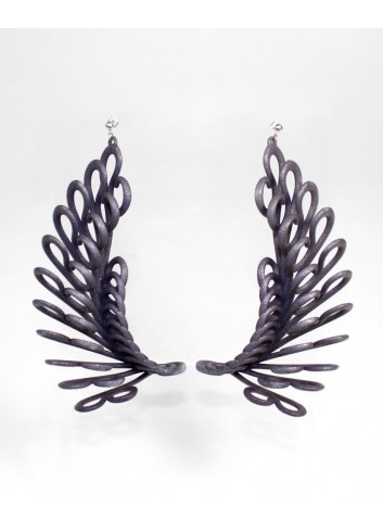 Feather earrings, lava